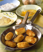 potato-croquettes-in-a-pan